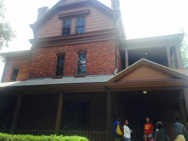 The Oaks Front Porch